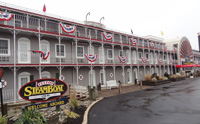 Fulton SteamBoat Inn Vinyl Siding